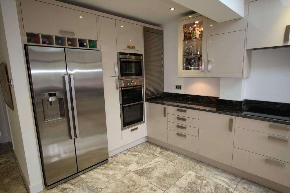 Kitchen fitter Guildford