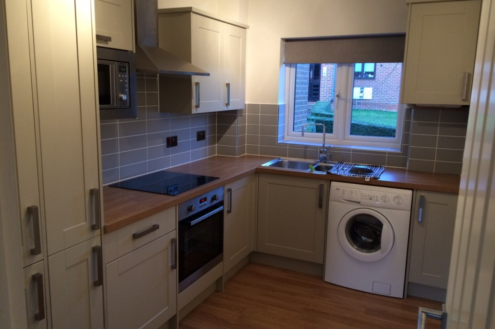 Kitchen fitter Guildford completed kitchen