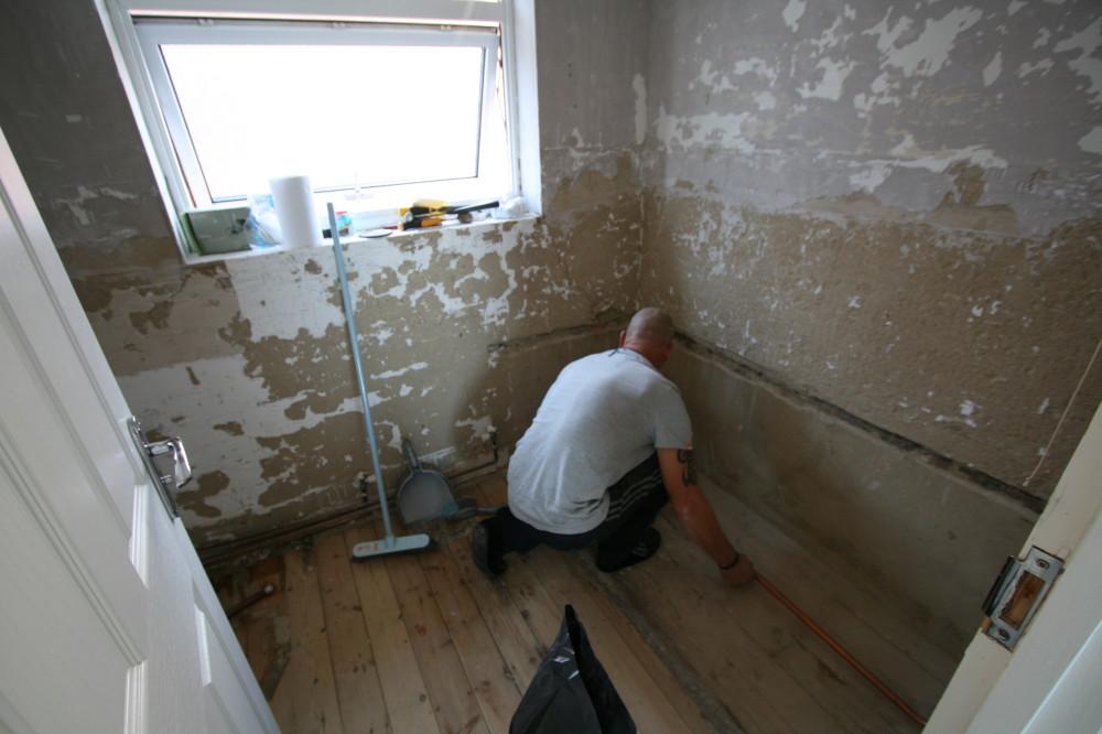 Bathroom fitter Guildford